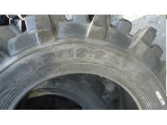 供應高品質農田機械高花紋水田輪胎12.4-24
