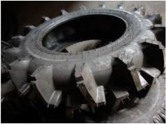 供應高品質農田機械高花紋水田輪胎14.9-28