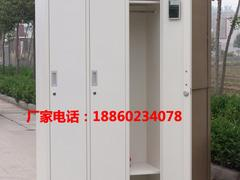 具有价值的三门更衣柜 河南洛阳联华家具_优质三门更衣柜供应商