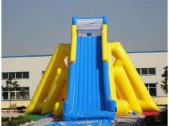 水上滑梯沖浪滑梯就選鄭州浪鯨