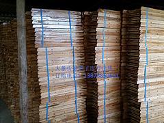 南寧木制折疊椅,認準廣西力森熱能科技:實木凳子供應商
