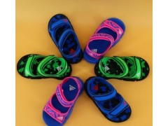 耐克童鞋厂家'、阿迪达斯童鞋厂家一手货源一件代发诚招代理