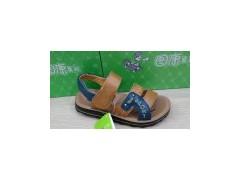 江西涼鞋,康輝鞋服專業提供的皮涼鞋