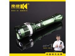 南慷鋁合金可充18650電池強光手電可變焦調焦led手電筒