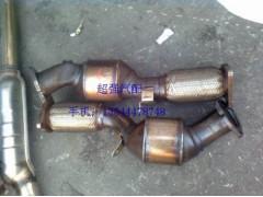 奥迪Q7 4.2三元催化 车门 下肢臂 散热器 涨紧轮 活塞