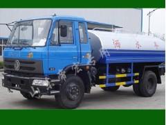 北京低价处理二手洒水车,大量供应价格诱人的洒水车