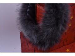 冬季必須要有的一款圍巾,越緹紡織給你推薦----毛領圍巾