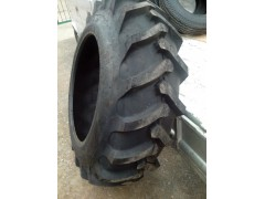 廠家批發山東拖拉機輪胎14.9-30輪胎報價