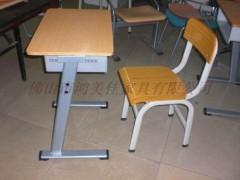 小学生钢木课桌椅,钢木课桌椅批发,广东鸿美佳提供钢木课桌椅