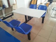 員工塑鋼餐桌椅,廣東鴻美佳家具提供生產質量穩定的塑鋼餐桌椅