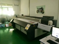 高精度玻璃移门印刷喷绘机价格—济南赢彩UV平板喷绘机