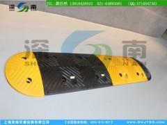 出口型橡膠減速帶-橡膠減速帶規格-江蘇橡膠減速帶