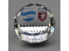 上海水晶纪念烟灰缸,品牌汽车促销礼品,居家装饰纪念烟缸定做
