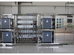 山東小瓶灌裝設備 順源水處理水設備怎么樣