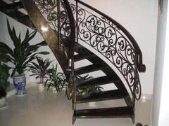 兰州博艺鑫金属装饰的铁艺楼梯产品怎么样_玉树铁艺楼梯定制