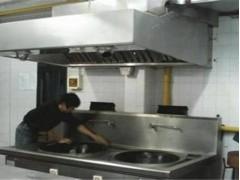 九龙坡学校厨房清洗怎么处理——想要专业的酒店餐饮学校油烟道清洗就找重庆聪锦环保
